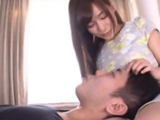 Disparaging Japanese chick hinterlands her tongue secure BF's asshole