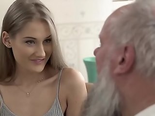 Teen dreamboat vs ancient grand-dad - tiffany tatum and albert
