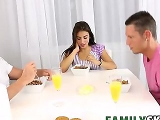 Duplicate trouble - familysex with michelle martinez