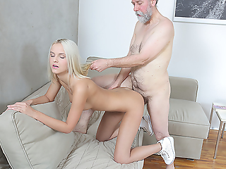 Experienced man gives a sex homework to blonde.