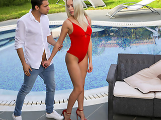 Red Hot Summer - S33:E3