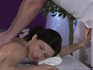 Massage Lodgings Teeny-weeny model with muted pussy has dangerous multiple orgasms