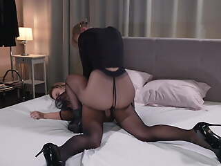 nylon tights lesbians