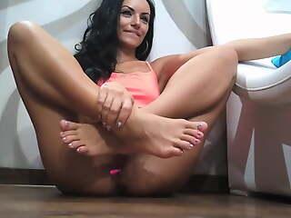 Bulgarian beauty Krisi positive feet #5