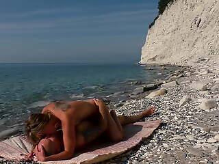 The travel blogger and kinky nudist unfocused fuck on the careen