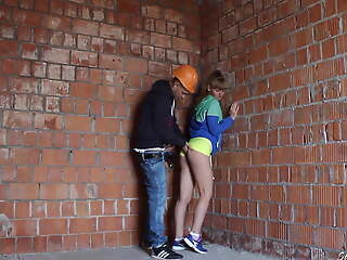 Girl athlete was not fair masturbating at a construction site