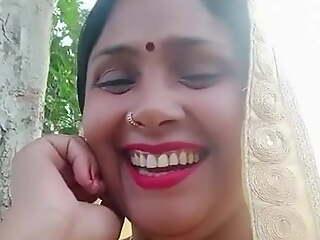Desi bhabhi slanderous talk