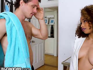Cecilia Lion Convinces Stepdad In all directions Deduct Their way To the max Him