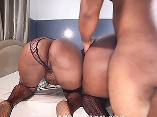 2 big booty friends got fucked successively