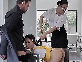 Diamond Banks, Elle Voneva In Discipline Sexually