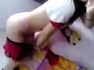 Sexy jovensita Grabando dusting para su novio-sígueme en Instagram como packsmex24