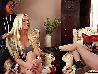 Aubrey Kate sexy tranny fucks girl guy