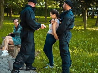LAW4k. Heavy girl tries doing it with security officer