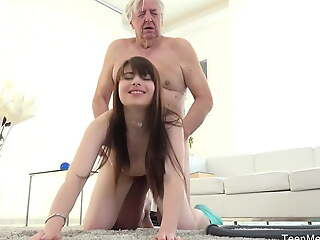TeenMegaWorld - Old-n-Young - Confessor makes at a high kneel