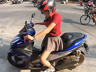 Amateur Thai teen girlfriend with big jugs fucked in eradicate affect hotel