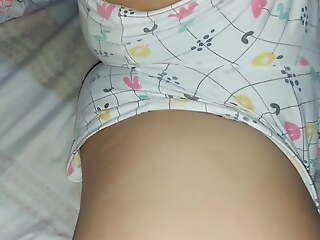 My sister helter-skelter shorts has a big pussy she likes to be groped