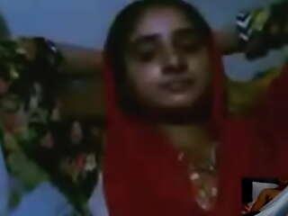 pakistani webcam fiddle callgirl lahori from chckla family part 118