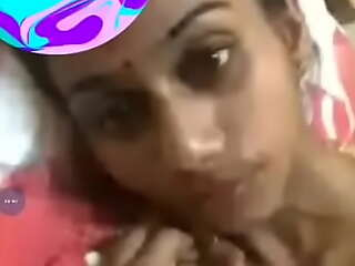 Beautiful south Indian Sexy Tamil Generalized Showing Pussy