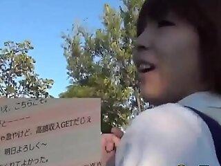 Japanese teen whore sucks