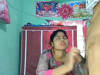 Desi explicit – Blowjob and sex at hand boyfriend