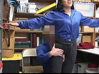 Teen Humiliated For Shoplifting elbow Mall