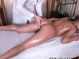 FuckMassage From Masseure Of Fabled Teenie