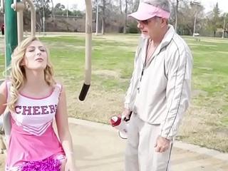 Teen cheerleader fucks