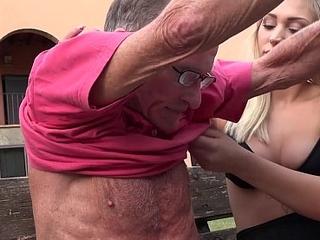 Kermis hot ass anal fucked by horny grandpa