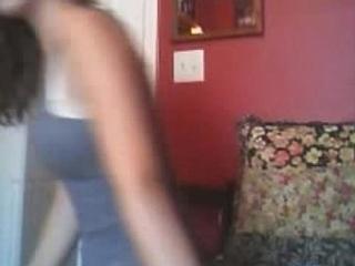 Beautiful webcam girl shows her very nice ass